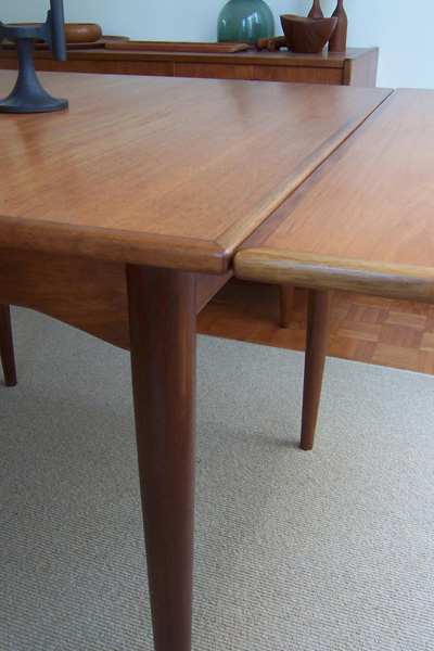 Parker Square Extension Table Form Before Function